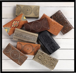 American West<br>Ladie's Tri-Fold Wallets
